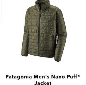 NWOT Patagonia Nano Puff Jacket